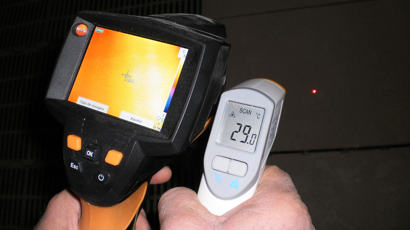 The thermographic cameras can measure the temperature in all the image